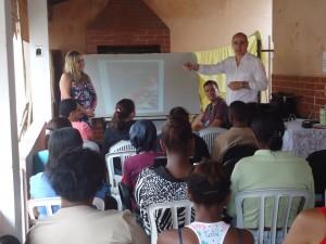 Popula+º+úo atendida pelo Cras Norte Benfica participa de palestra sobre consumo consciente de energia el+®trica